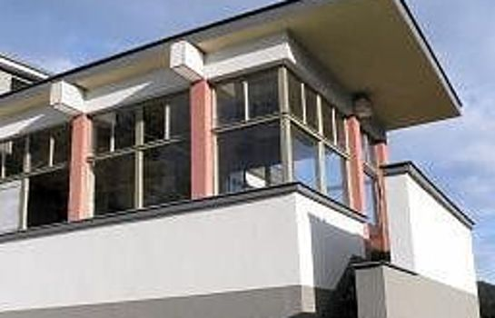 Haus des Volkes Das Bauhaushotel