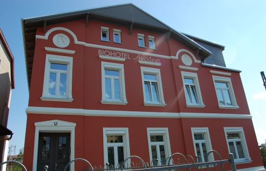 Amadeus Biohotel