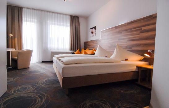 Essen: Petul Apart Hotel