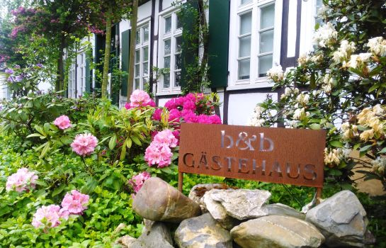 ROSINDELL-cottage