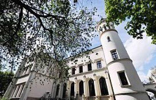 Schloss Bredenfelde