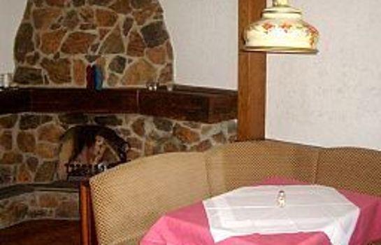 Foehrenbacher Garni-Kirchzarten-Breakfast room