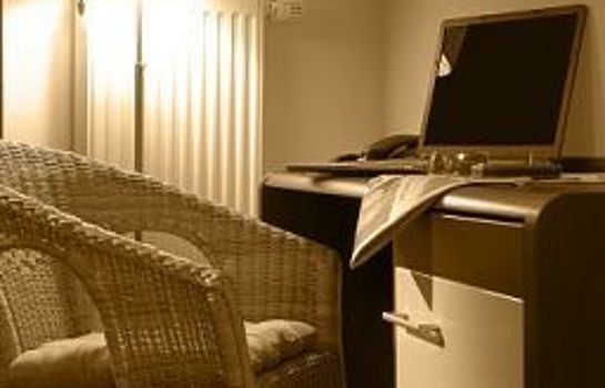 My Place airport business & conference