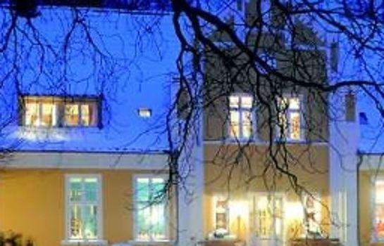 Gutshaus Ehmkendorf Wildkräuterhotel