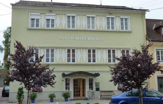 Gasthof Hametner mit Innviertler Haus