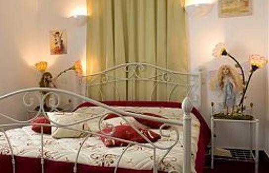 Queen Serenity Hotel