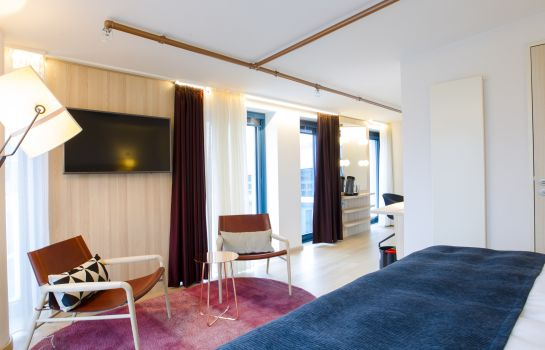 Scandic_Emporio-Hamburg-Junior_suite-6-541973 Suite