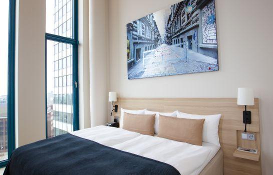 Scandic_Emporio-Hamburg-Suite-2-541973 Suite