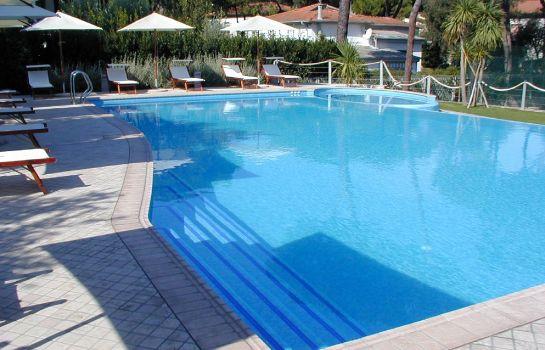 Bristol-Pisa-Schwimmbad