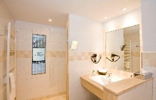 Heuboden Hotel Landhaus Blum-Umkirch-Bathroom