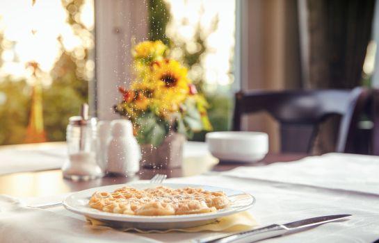 Landhaus Blum Heuboden Hotel-Umkirch-Breakfast room