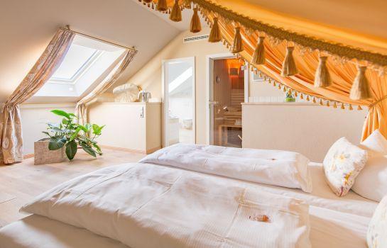Landhaus Blum Heuboden Hotel-Umkirch-Suite