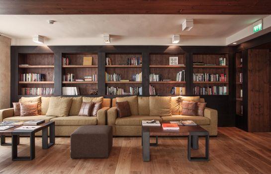 La Tabaccaia-Montaione-Reading room
