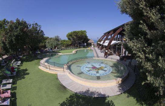 Canado Club Hotel & Residence