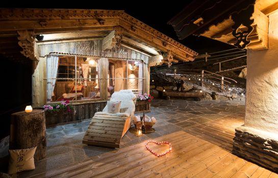 Romantik Suite für 2-4 Pers. mit Spa-Vitalgarten Hütte