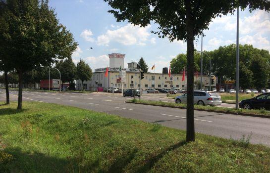 Magdeburg: Am Flugplatz Magdeburg