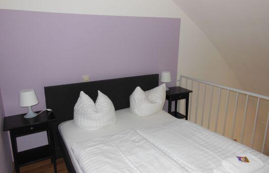 StayInn Hostel und Gaestehaus-Freiburg im Breisgau-Junior-Suite