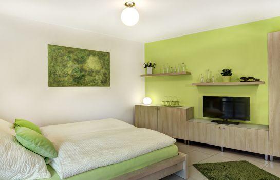 R2b Serviced Apartment