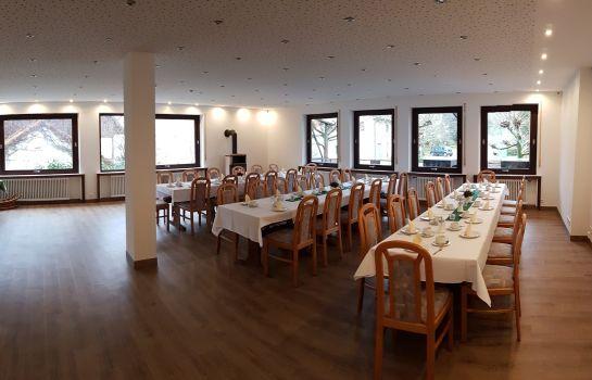 Eventhof Platzhirsch