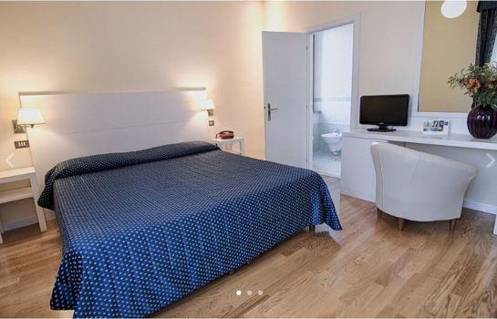 2 Mari Hotel & Benessere Aqvadei