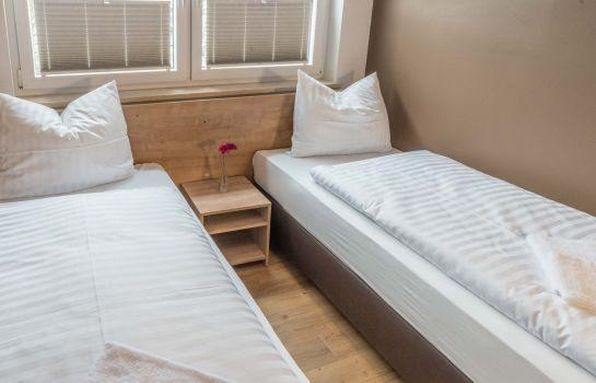 my hostel - Zimmer mit Etagenbad -