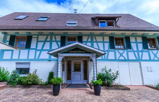 Gasthaus Hirschen-Reute-Hotel outdoor area