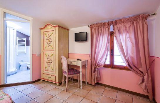 Donna Nobile-San Gimignano-Standardzimmer
