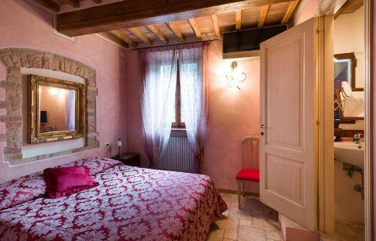 Donna Nobile-San Gimignano-Standard room
