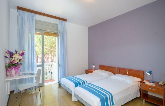 Hotel Cleofe Caorle Ve Italien