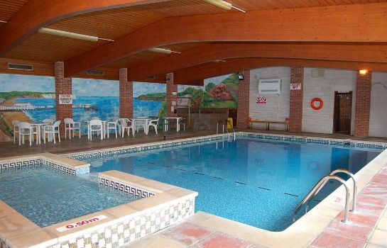 Sandown Park Lodge Hotel
