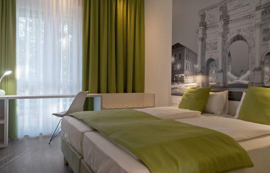 Bild des Hotels Super 8 Munich City West