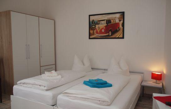 Gästezimmer & Ferienwohnung Thon
