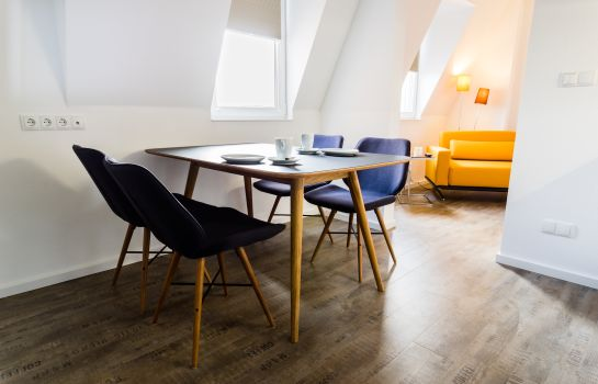 Bayreuth: Apartmenthaus Königsallee