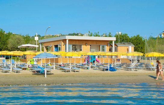 Villa Aurea Beach Resort