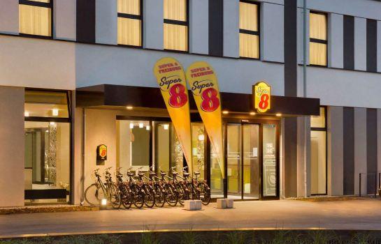 Super 8 Freiburg-Freiburg im Breisgau-Aussenansicht