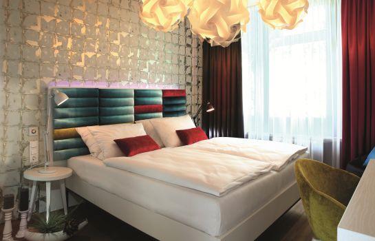 Stuttgart: Best Western loftstyle Hotel Stuttgart-Zuffenhausen