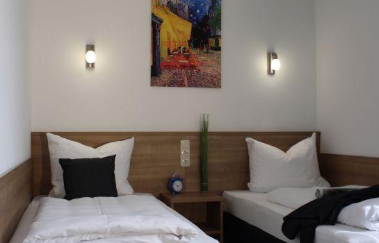 Sunnyhotel