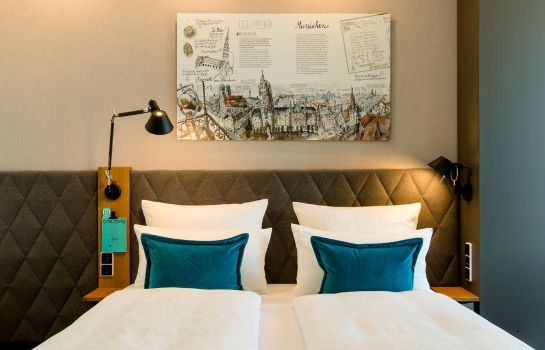 Motel One München-Messe Room