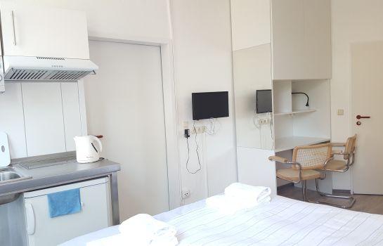 Bremen: B & L Hostel