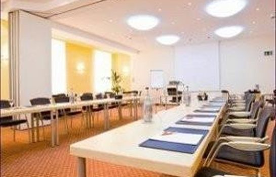 Stadthotel_Freiburg_Kolping_Hotels_Resorts-Freiburg_im_Breisgau-Conference_room-1-5614