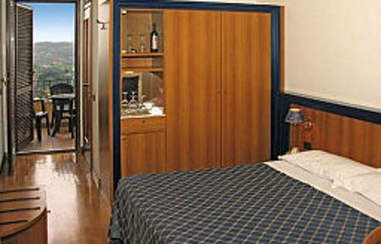 Фотографии Harri's Hotel