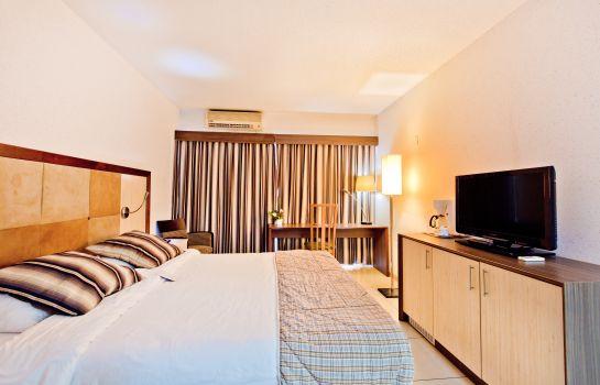 Фотографии Queen's Hotel