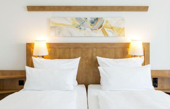 Hotels Und 220 Bernachtungen Am Freizeitbad Billstedt