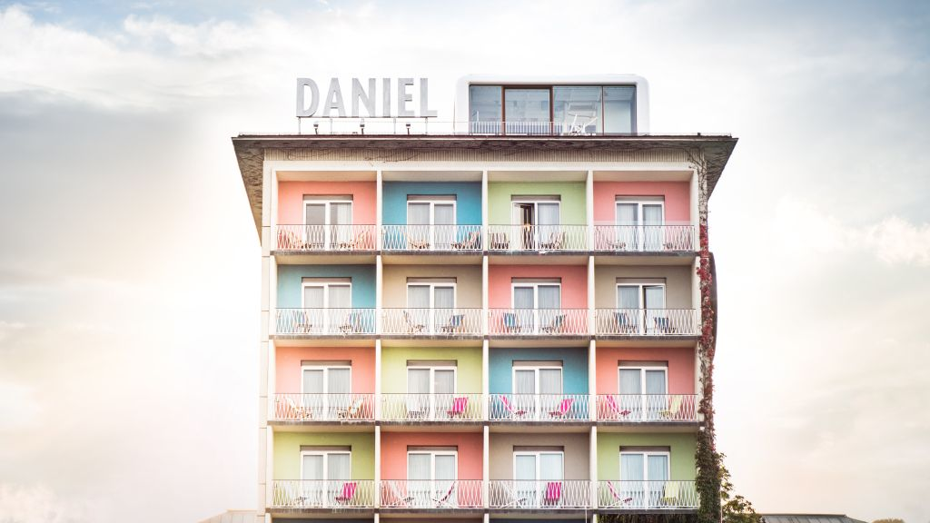 Daniel Graz Graz Exterior view - Daniel_Graz-Graz-Exterior_view-2-850.jpg