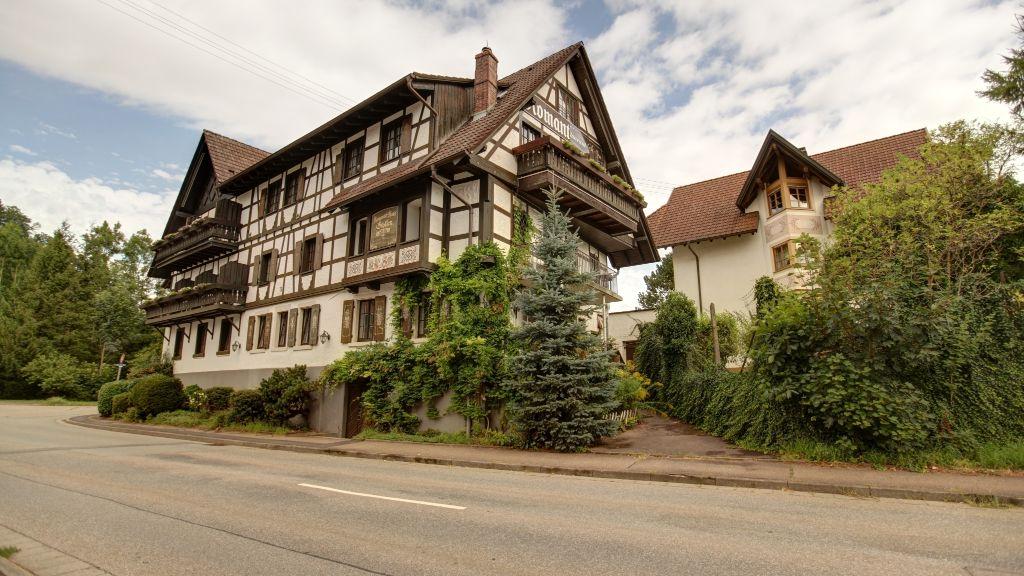 Stollen Schwarzwaldhotel Gutach im Breisgau Exterior view - Stollen_Schwarzwaldhotel-Gutach_im_Breisgau-Exterior_view-2-3857.jpg