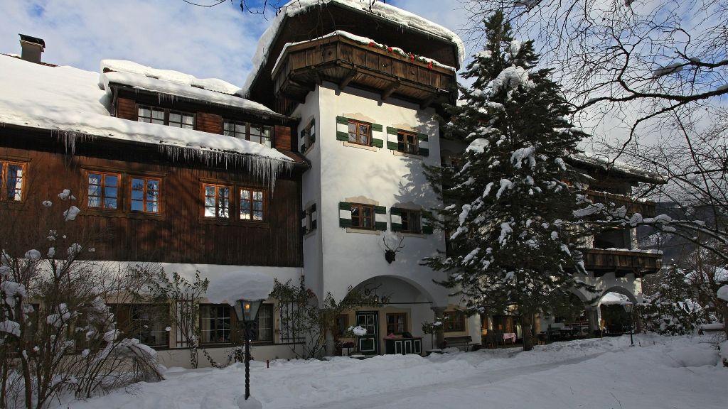 Almtalhof Romantikhotel Gruenau im Almtal Aussenansicht - Almtalhof_Romantikhotel-Gruenau_im_Almtal-Aussenansicht-4-4035.jpg