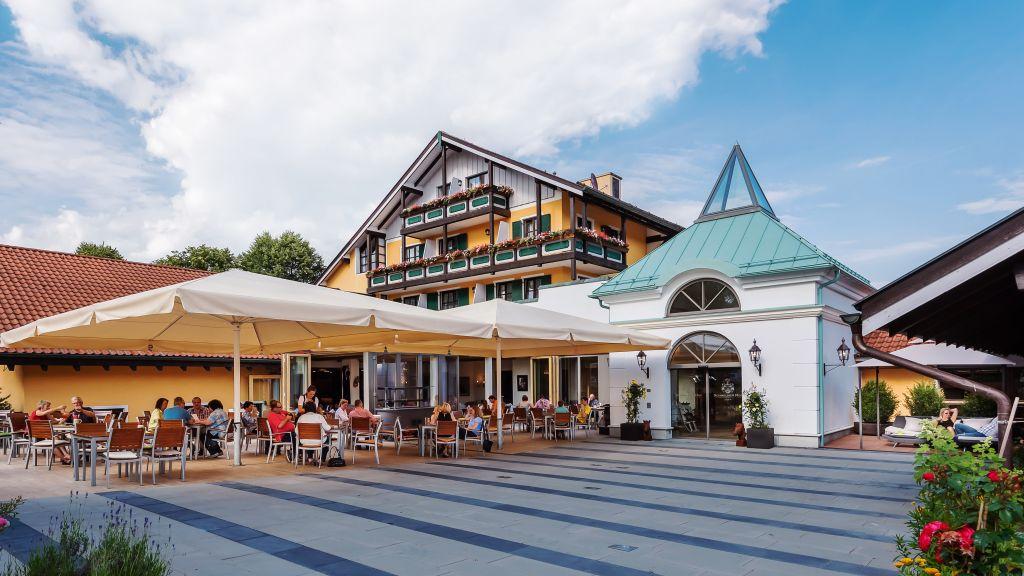 Schmelmer Hof Hotel Resort Bad Aibling Exterior view - Schmelmer_Hof_Hotel_Resort-Bad_Aibling-Exterior_view-6855.jpg