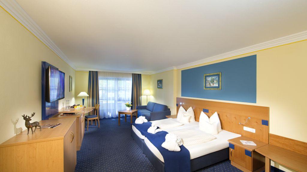 Schmelmer Hof Hotel Resort Bad Aibling Junior suite - Schmelmer_Hof_Hotel_Resort-Bad_Aibling-Junior_suite-1-6855.jpg
