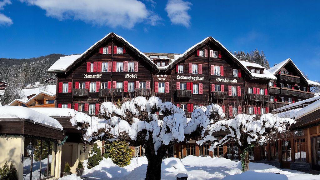 Romantik Hotel Schweizerhof Grindelwald Aussenansicht - Romantik_Hotel_Schweizerhof-Grindelwald-Aussenansicht-6-19023.jpg