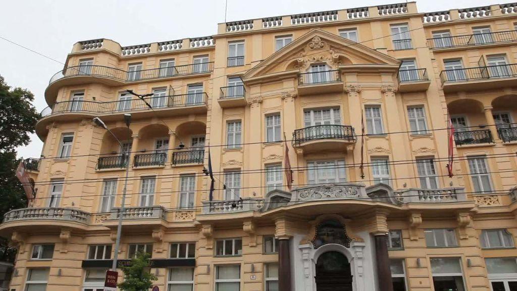 Austria Trend Parkhotel Schoenbrunn Wien Wien Aussenansicht - Austria_Trend_Parkhotel_Schoenbrunn_Wien-Wien-Aussenansicht-7-19209.jpg